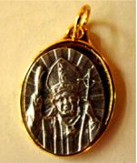 Pope John Paul II Silver tone engraved Medalion