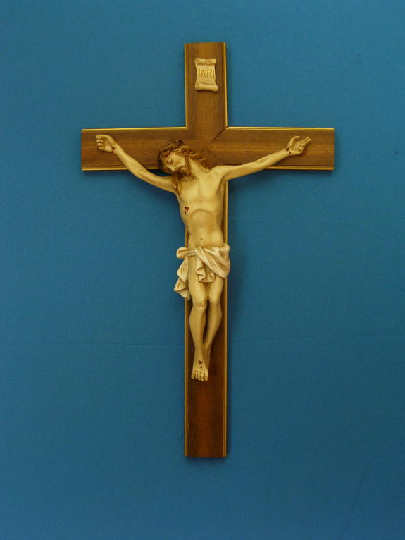 Deluxe hand painted alabaster Crucifix