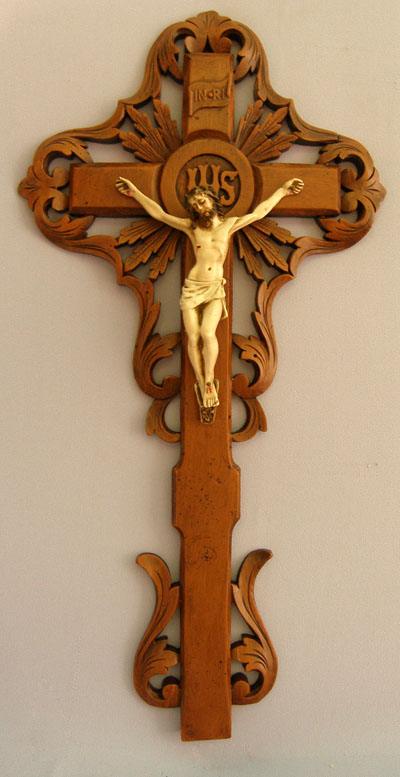 Ornate Alabaster Wall Crucifix