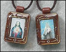 Tiny Brown Scapular with full color images