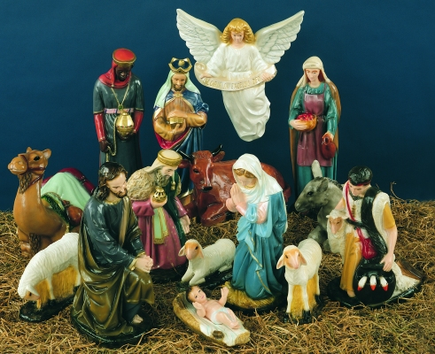 Full Nativity. Outdoor use.