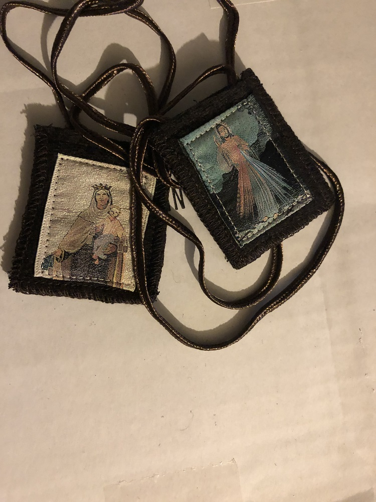 Divine Mercy Brown Wool Scapular