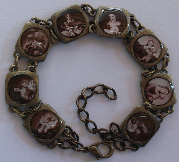 Antiqued Blessed Virgin Medals Image bracelet, Sepia